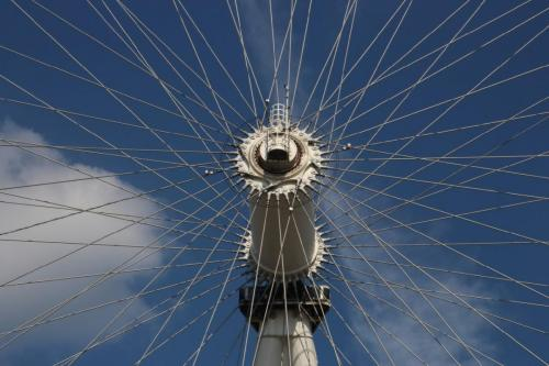 Hub of the London Eye by Clem Wehner
